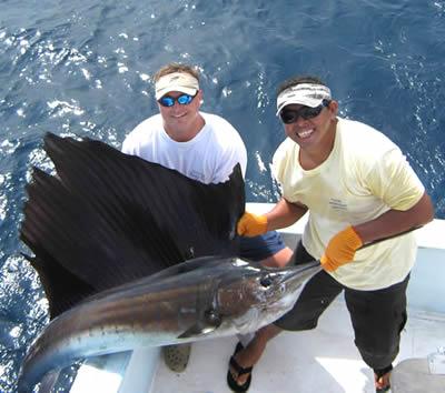 Yacht fishing riviera maya yachts riviera maya for Best time to go deep sea fishing in the gulf